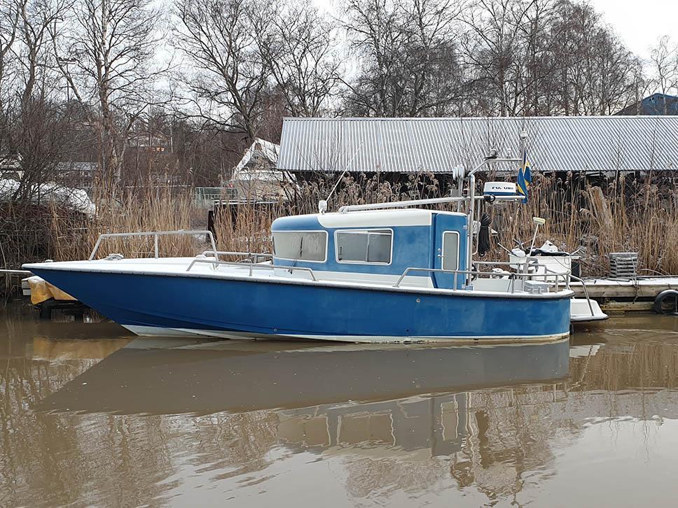 Båt i kanalen.jpg